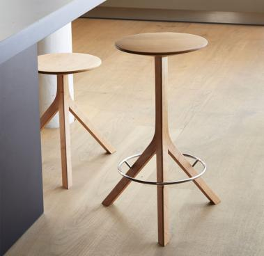 Wish-List_Alison-Brooks_A-stool-for-the-kitchen_Petr-Krejci_bulthaup-Clerkenwell-(10)_thumb.jpg